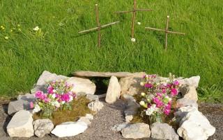 St Nicholas' Child Okeford Easter garden